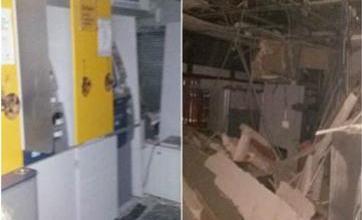Agência do Banco do Brasil fica destruída após ataque de criminosos 13