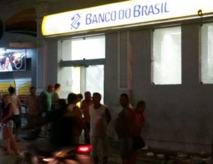 "novo-cangaço-300x232 ""Novo Cangaço"" volta a agir e explode bancos e Correios ao mesmo tempo na Paraíba"