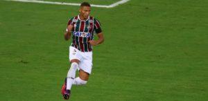 richarlison-comemora-gol-marcado-pelo-fluminense-contra-o-vitoria-1477696677717_615x300-300x146 Reforço de R$ 10 mi vira 'novo Romário' e entra na mira de turcos