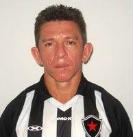 46899_ori_miltinho Campeão paraibano pelo Treze,ex-jogador Miltinho é assassinado a tiros em Fortaleza