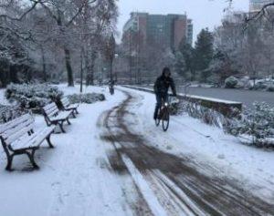 inverno_rigoroso-310x245-300x237 Onda de frio de até -20º mata 46 pessoas na Europa