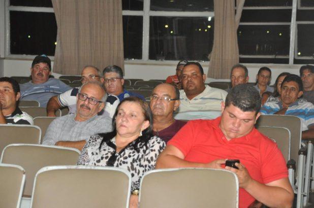 16700249_1828546050751919_3415617626545118343_o-1024x680 Em clima de paz Câmara municipal de Monteiro realiza primeira sessão de 2017
