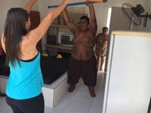 gordinho-da-pb-300x225 Paraibano que pesou mais de 420 kg está com 196 kg e já faz exercícios