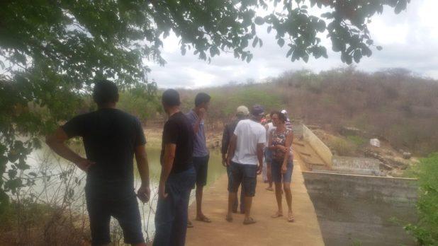 20170312_140735-1024x576 Centenas de pessoas visitan Barragem de São José no município de Monteiro neste Domingo.