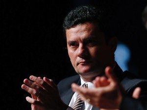 Sergio-Moro-1-300x225-300x225 Com greve geral Moro remarca interrogatórios de ação sobre triplex