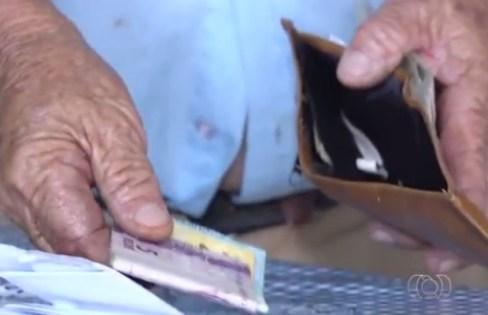 carteira-idoso EM MONTEIRO: Homem se passa por advogado do INSS e rouba idoso