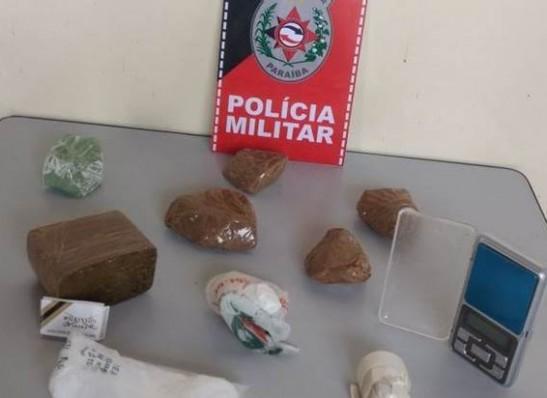 Polícia apreende drogas em Monteiro 1