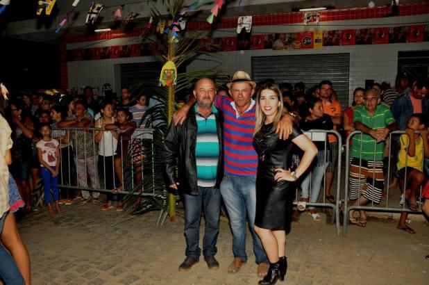 OPIPOCO mostra como foi a primeira noite do festival de quadrilhas em Monteiro. Confira Imagens 3