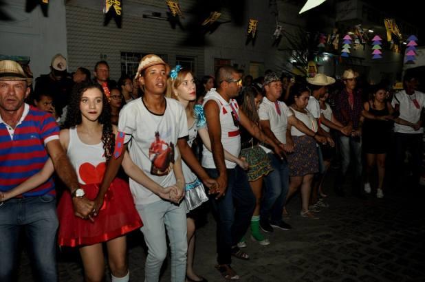 OPIPOCO mostra como foi a primeira noite do festival de quadrilhas em Monteiro. Confira Imagens 18