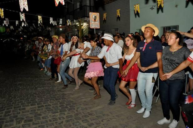 OPIPOCO mostra como foi a primeira noite do festival de quadrilhas em Monteiro. Confira Imagens 23