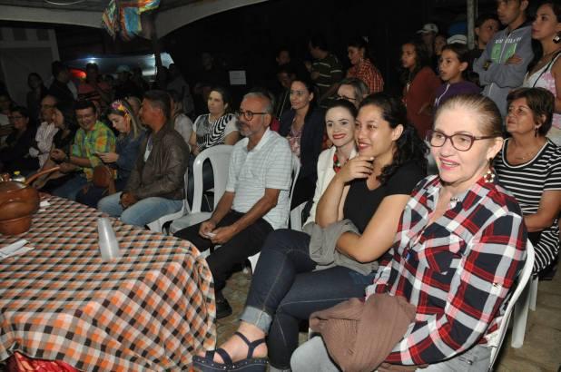 OPIPOCO mostra como foi a Segunda noite do festival de quadrilhas em Monteiro. Confira Imagens 12