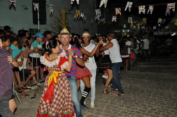 OPIPOCO mostra como foi a primeira noite do festival de quadrilhas em Monteiro. Confira Imagens 35