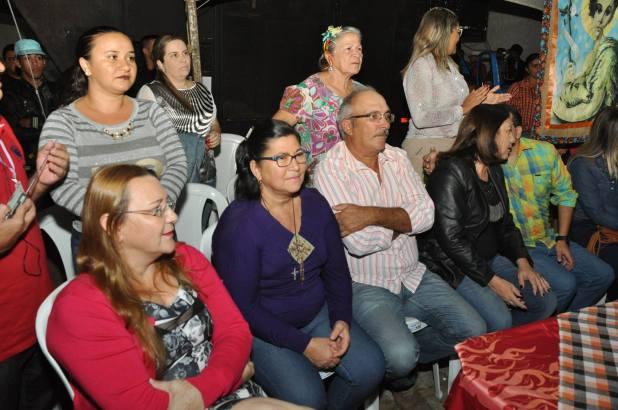 OPIPOCO mostra como foi a Segunda noite do festival de quadrilhas em Monteiro. Confira Imagens 21