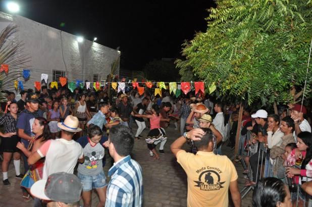 OPIPOCO mostra como foi a Segunda noite do festival de quadrilhas em Monteiro. Confira Imagens 32
