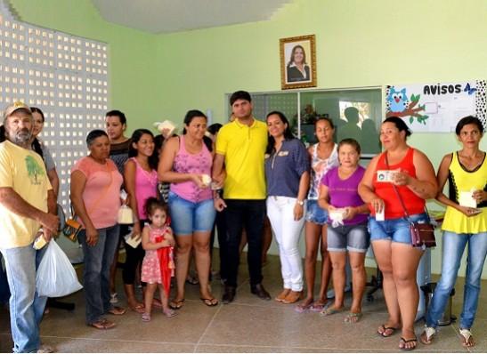 Prefeitura de Zabelê realiza distribuição de queijos para população carente 1