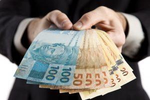 simpatia-dinheiro-300x200 Prefeituras da PB recebem mais de R$ 8,6 milhões de recursos da repatriação a partir da próxima semana