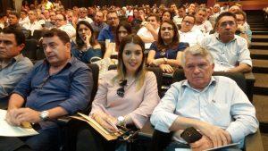 Ana-Lorena-300x169 Prefeita Anna Lorena participa de encontro com a bancada federal para debater crise dos municípios