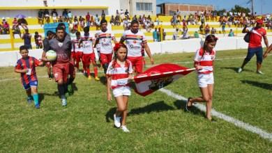 População prestigia jogos da I Copa Dr. Chico na reabertura do Estádio Feitosão 7