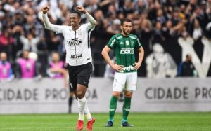i-300x187 Corinthians vence Palmeiras por 3x2 e abre vantagem no Brasileiro