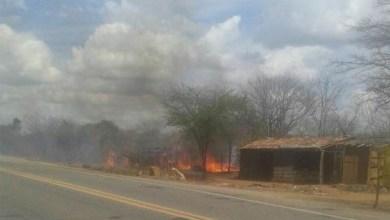 Cabanas de acampamento são incendiadas em cidade do Cariri 2