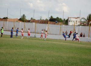 timthumb-14-300x218 Disputas em pênaltis marcam semifinais da Copa Dr. Chico