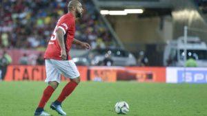 ADRIANO-300x169 Buscando volta por cima, Adriano irá se reunir com diretoria do Flamengo