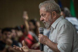 LULA-TRIPEX-300x200 Defesa de Lula reitera pedido de novo interrogatório no caso do tríplex