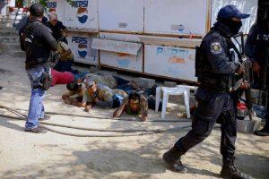 Tiroteios-deixam-18-mortos-em-Acapulco-e-Los-Cabos-no-México-300x200 Tiroteios deixam 18 mortos em Acapulco e Los Cabos, no México