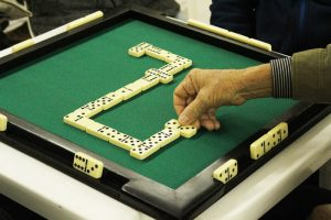 campeonato-de-domino-300x200 Secretaria de Esportes retoma atividades com Campeonato de Dominó na zona rural