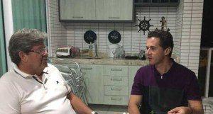 joão-e-vene-e1515253092617-300x161 Veneziano se reúne com João Azevêdo e cresce especulação sobre disputa do campinense ao Senado