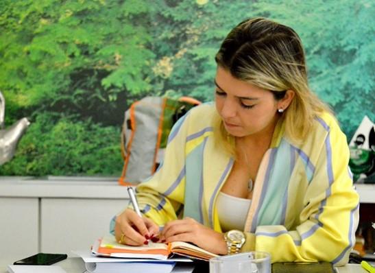 lorena_despacho1 Prefeita de Monteiro cobra mais segurança e ações permanentes junto aos governos estadual e federal