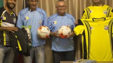 Prefeitura de Zabelê realiza distribuição de materiais esportivos 4