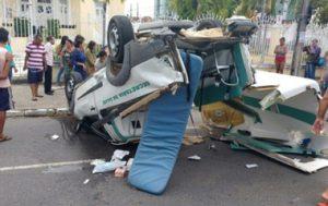 Ambulância-capota-e-adolescente-grávida-morre-em-João-Pessoa-300x189 Ambulância capota e adolescente grávida morre, em João Pessoa