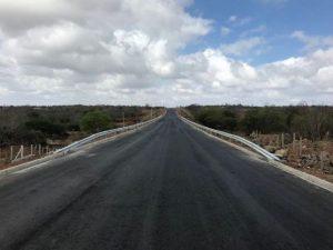PB-138-DER-2-556x417-300x225 Governo do Estado entrega rodovia que interliga Campina Grande e o Cariri nesta quarta