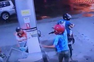 assalto_posto_cuia-300x200 Dupla assalta posto de gasolina na Capital e câmeras de segurança flagram tudo