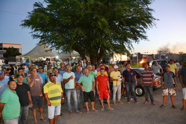 Presidente do sindicato dos caminhoneiros afirma que não há previsão para fim da greve 5