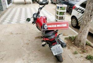MOTO-APREENDIDA-SB-600x407-300x204 Moto roubada é apreendida pela PM em Serra Branca