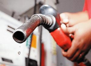 ccc-300x216 Petrobras anuncia redução de 10% no diesel, mas diz que não há discussão para a redução do preço da gasolina.