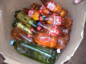 gasolina-garrafas-pet-300x225 Na PB, polícia flagra homem vendendo gasolina em garrafas pet a R$ 7,50