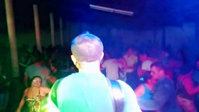 Cantor Laerte Lins lota casa de shows em Cacimba de Cima Monteiro - PB. 6