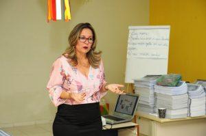 capacitacao-tiradentes_sebrae3-300x199 Equipes da rede municipal de ensino participam de capacitação em Monteiro