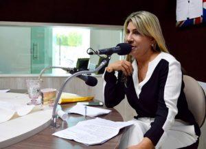 edna-hentique-300x218 Ex-prefeita de Monteiro perde o controle e parte para o ataque durante entrevista