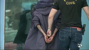 preso-300x168 Mãe estuprada pelo filho havia mudado de estado para protegê-lo, diz delegada