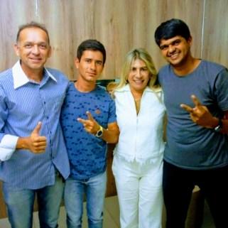 b72707bc-df9a-4d8d-a89f-396aed29c769 Oposição ao prefeito de São joão do Tigre segue firme e forte  com João  e Edna Henrique