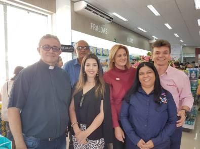 42568604_1590352117746663_9185960728517935104_n Prefeita de Monteiro participa de inauguração da REDEPHARMA  em Monteiro