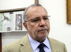 Carlos Batinga lamenta morte do vereador Adelmo de Camalaú 15