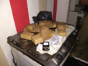 setania-300x225 Operação busca suspeitos de lavagem de dinheiro, roubo e posse de explosivos em Sertânia