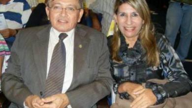 Dupla com santinhos e adesivos de Edna e João Henrique são presos com lista de eleitores 15