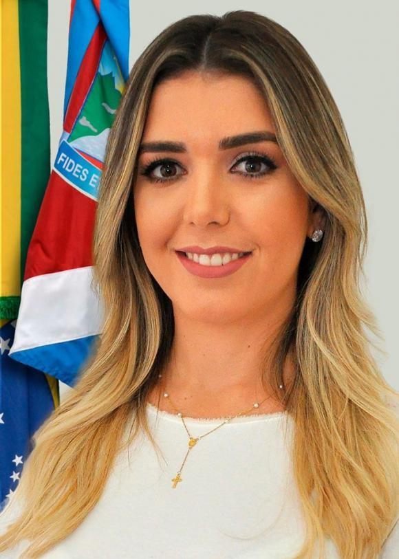 ANA-LORENA Anna Lorena não descarta disputar vaga à ALPB, mas deixa no ar possibilidade de candidatura do esposo