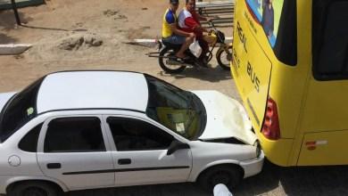 Em Monteiro: Veículo colide em traseira de ônibus da Real Bus 4
